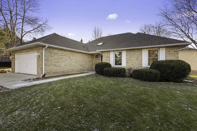 2 Mossfield Court, Sugar Grove, IL 60554 (MLS #10595734) :: Property Consultants Realty