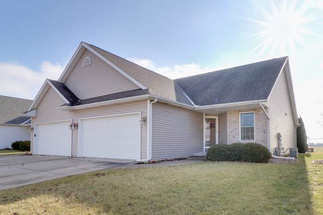 1911 Marina Drive, Normal, IL 61761 (MLS #10596834) :: Berkshire Hathaway HomeServices Snyder Real Estate