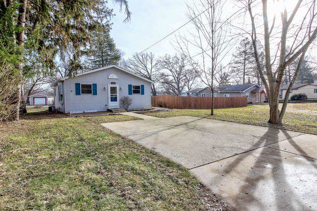 4622 W Shore Drive, Wonder Lake, IL 60097 (MLS #10598753) :: Angela Walker Homes Real Estate Group