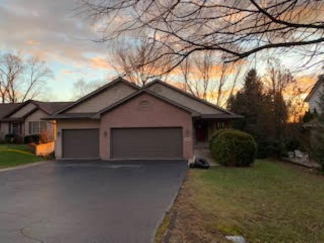 140 Valhalla Drive, Poplar Grove, IL 61065 (MLS #10599118) :: Angela Walker Homes Real Estate Group