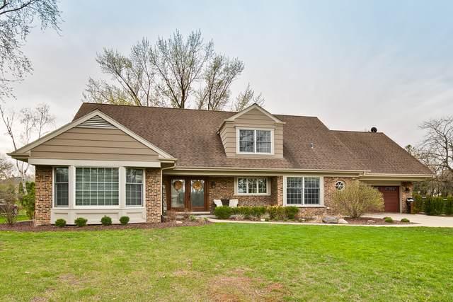360 N Valley Road, Barrington, IL 60010 (MLS #10601063) :: Ani Real Estate