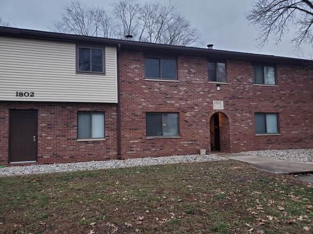 1802 Beck Drive #7, Urbana, IL 61802 (MLS #10601955) :: Angela Walker Homes Real Estate Group