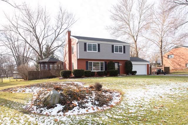 20 Shore Drive, Oswego, IL 60543 (MLS #10603264) :: Baz Realty Network | Keller Williams Elite