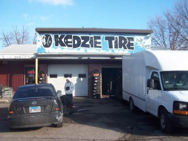 5325 Kedzie Avenue - Photo 1