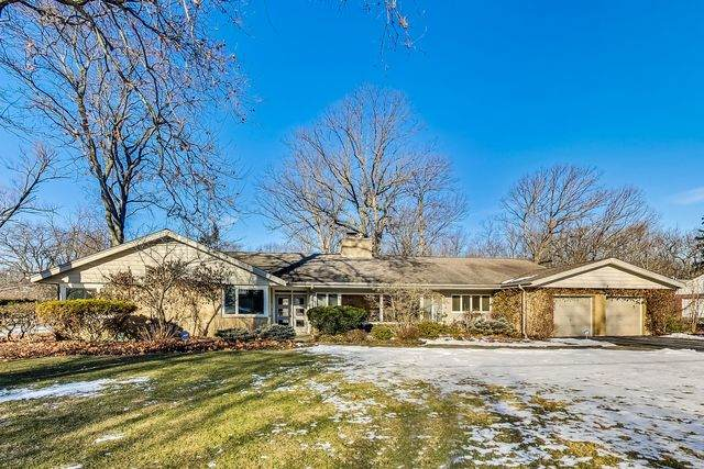 1250 Thornapple Lane, Northbrook, IL 60062 (MLS #10605888) :: Helen Oliveri Real Estate