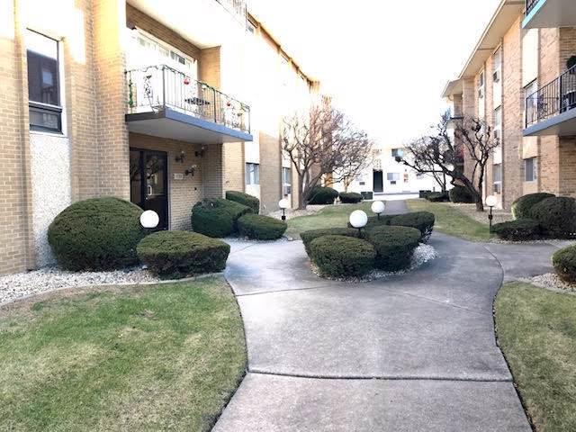 10109 S Cicero Avenue #305, Oak Lawn, IL 60453 (MLS #10606704) :: The Dena Furlow Team - Keller Williams Realty