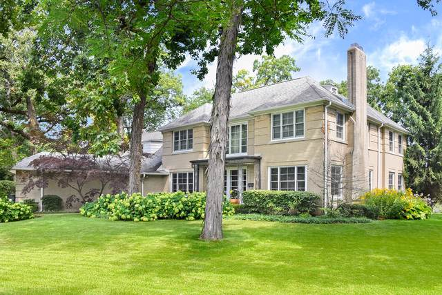 901 Club Circle, Glenview, IL 60025 (MLS #10607060) :: Berkshire Hathaway HomeServices Snyder Real Estate