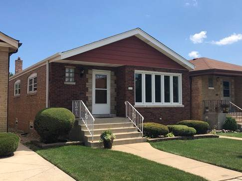 6019 S Menard Avenue, Chicago, IL 60638 (MLS #10607651) :: The Dena Furlow Team - Keller Williams Realty