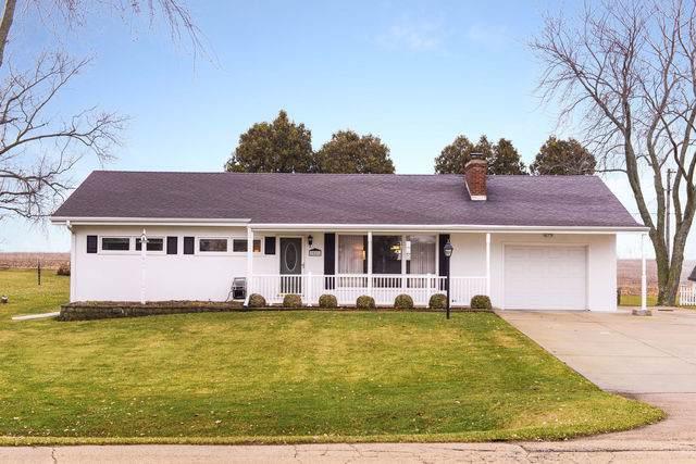 2581 Pleasant Street, Dekalb, IL 60115 (MLS #10608174) :: Suburban Life Realty