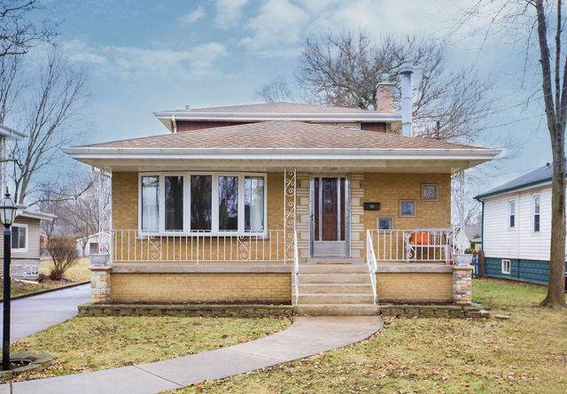 3248 W 97th Street, Evergreen Park, IL 60805 (MLS #10608512) :: The Perotti Group | Compass Real Estate
