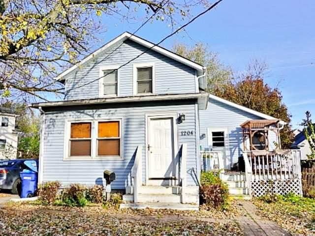1204 Dean Street, St. Charles, IL 60174 (MLS #10609640) :: Angela Walker Homes Real Estate Group