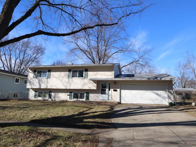 952 Cambridge Lane, Crystal Lake, IL 60014 (MLS #10609783) :: BN Homes Group
