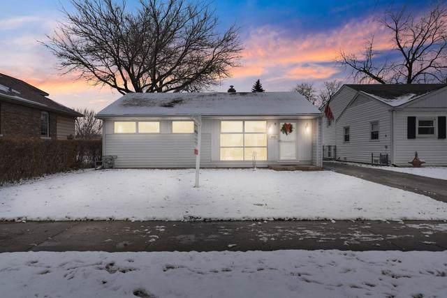 8042 W 46th Street, Lyons, IL 60534 (MLS #10609906) :: Angela Walker Homes Real Estate Group