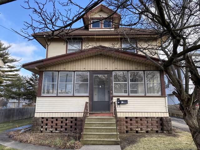1110 S Main Street, Bloomington, IL 61701 (MLS #10610430) :: Janet Jurich