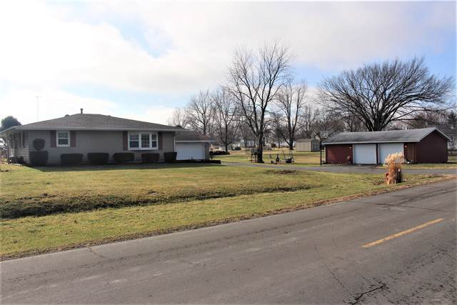 408 E South Street, Waynesville, IL 61778 (MLS #10610964) :: Janet Jurich