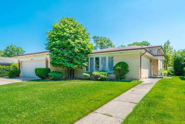 3221 Central Avenue, Wilmette, IL 60091 (MLS #10611211) :: Lewke Partners
