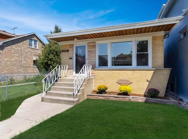 6136 W Barry Avenue, Chicago, IL 60634 (MLS #10611491) :: Angela Walker Homes Real Estate Group