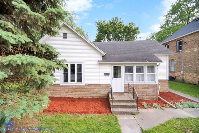 208 E Taylor Street, Grant Park, IL 60940 (MLS #10611572) :: Angela Walker Homes Real Estate Group