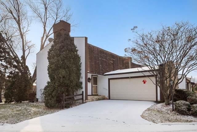 5 Stonehearth Lane, Indian Head Park, IL 60525 (MLS #10612256) :: Baz Realty Network | Keller Williams Elite