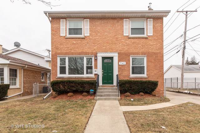 7142 N Keeler Avenue, Lincolnwood, IL 60712 (MLS #10612470) :: Berkshire Hathaway HomeServices Snyder Real Estate