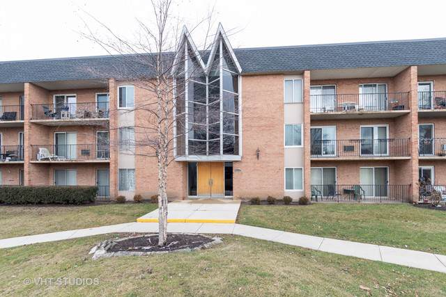 1104 N Mill Street #104, Naperville, IL 60563 (MLS #10612910) :: Angela Walker Homes Real Estate Group