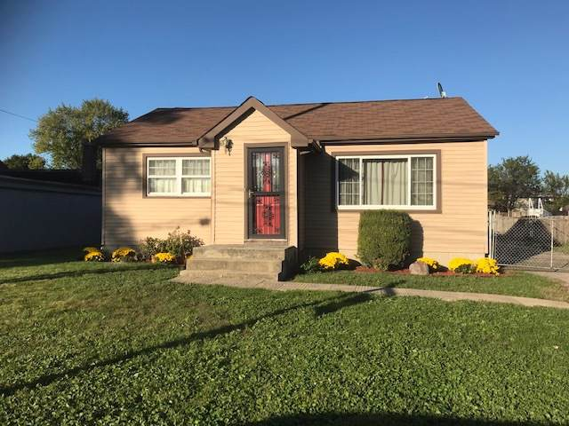 8240 S Octavia Avenue, Bridgeview, IL 60455 (MLS #10613074) :: Angela Walker Homes Real Estate Group