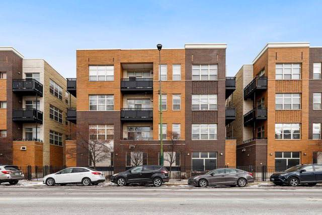 2935 N Clybourn Avenue #203, Chicago, IL 60618 (MLS #10613138) :: Property Consultants Realty