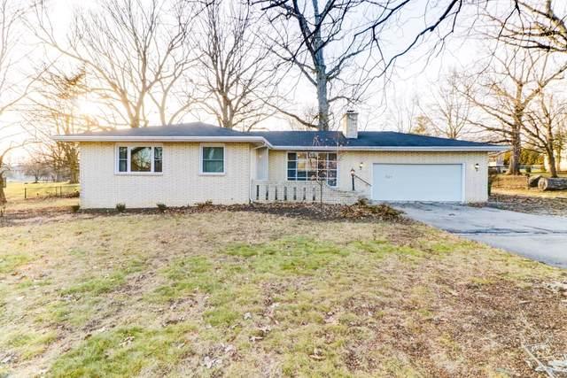 701 Colony Grove, Mahomet, IL 61853 (MLS #10613216) :: Ryan Dallas Real Estate