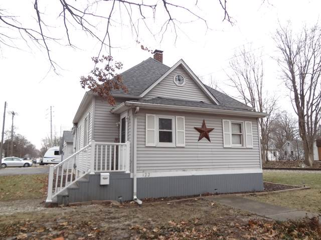 122 N Walnut Street, CLINTON, IL 61727 (MLS #10613453) :: Lewke Partners