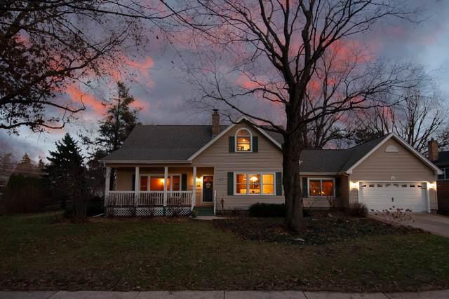39 N Forest Avenue, Palatine, IL 60074 (MLS #10613769) :: John Lyons Real Estate