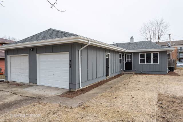 1843 Mulberry Drive, Montgomery, IL 60538 (MLS #10613899) :: Berkshire Hathaway HomeServices Snyder Real Estate