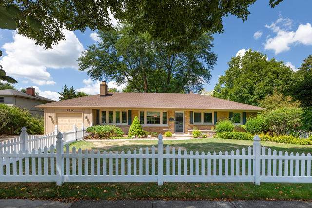 910 Greenwood Drive, Wheaton, IL 60189 (MLS #10613954) :: The Dena Furlow Team - Keller Williams Realty