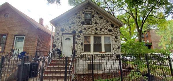 2725 W Iowa Street, Chicago, IL 60622 (MLS #10614076) :: Property Consultants Realty