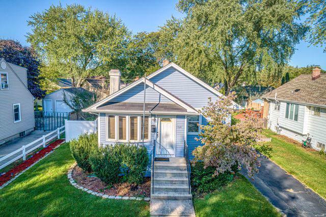 134 N Elroy Avenue, Bartlett, IL 60103 (MLS #10614277) :: Angela Walker Homes Real Estate Group