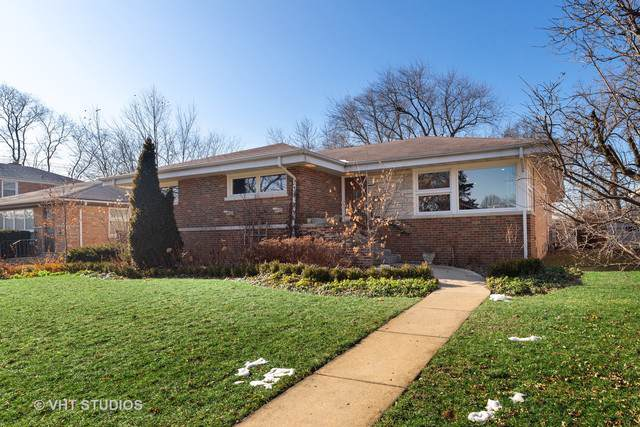 8826 Lincolnwood Drive, Evanston, IL 60203 (MLS #10614412) :: Baz Realty Network | Keller Williams Elite