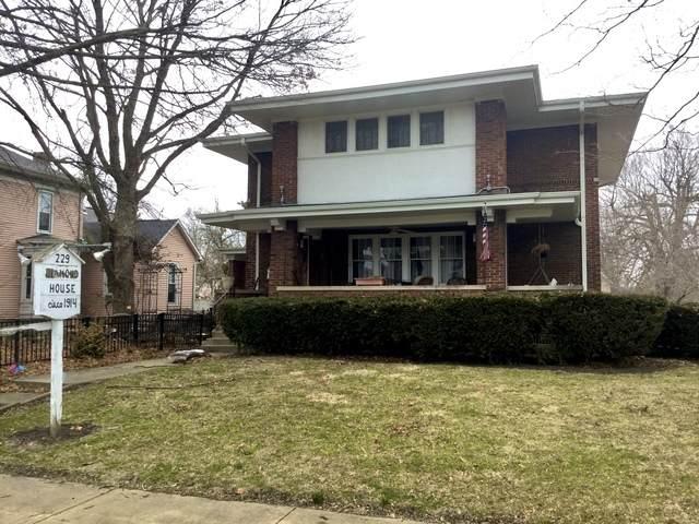 229 E Jefferson Street, ARCOLA, IL 61910 (MLS #10614536) :: Lewke Partners