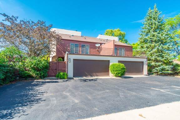 940 Washington Street, Glenview, IL 60025 (MLS #10614649) :: Property Consultants Realty