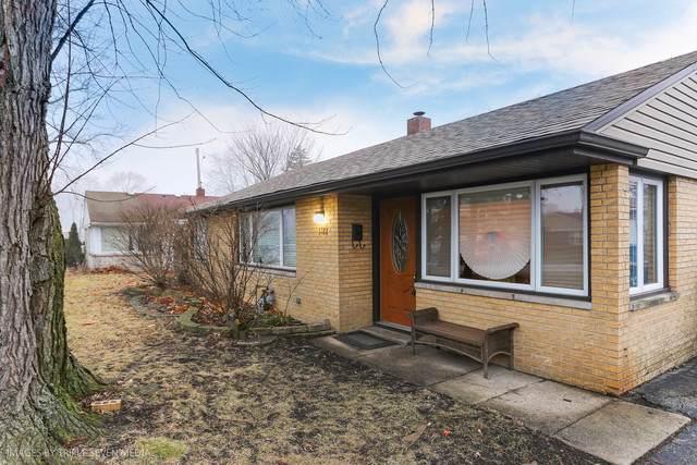 5122 W 100th Street, Oak Lawn, IL 60453 (MLS #10614856) :: The Wexler Group at Keller Williams Preferred Realty