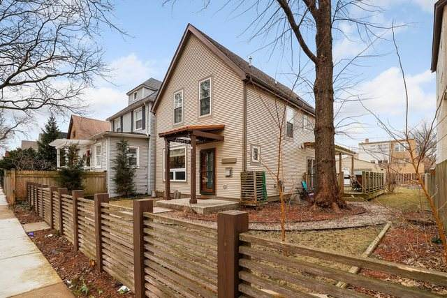 3722 W Sunnyside Avenue, Chicago, IL 60625 (MLS #10615375) :: Berkshire Hathaway HomeServices Snyder Real Estate