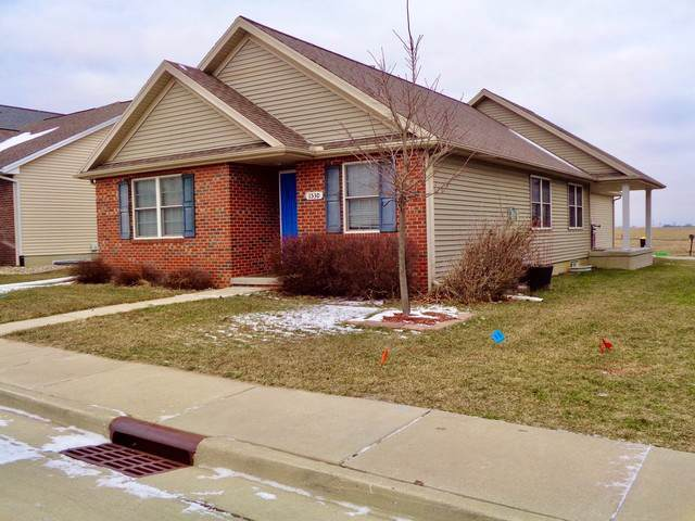 1530 Belclare Road, Normal, IL 61761 (MLS #10615615) :: Berkshire Hathaway HomeServices Snyder Real Estate