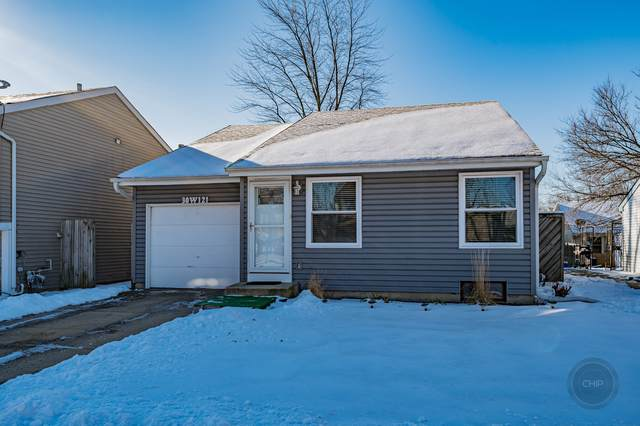 30W121 Maplewood Drive, Warrenville, IL 60555 (MLS #10615954) :: Angela Walker Homes Real Estate Group