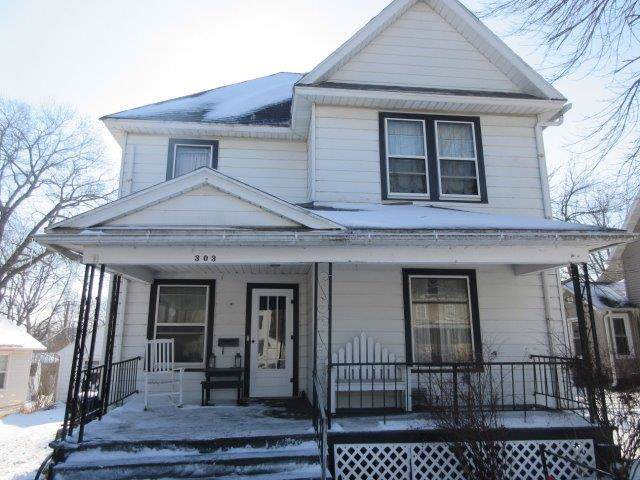 303 E 3rd Street, Prophetstown, IL 61277 (MLS #10616329) :: Property Consultants Realty