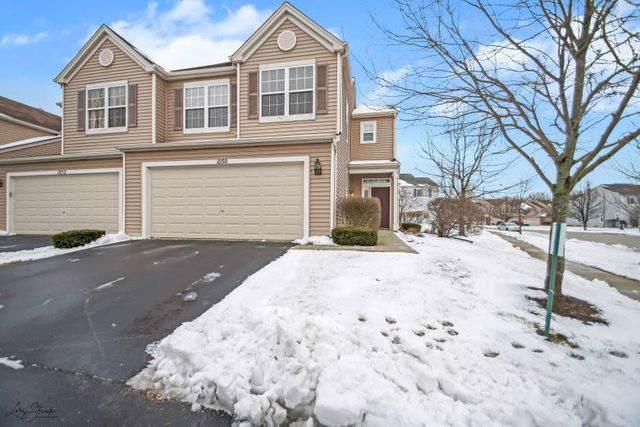 1050 Colonial Drive, Joliet, IL 60432 (MLS #10616339) :: Ryan Dallas Real Estate