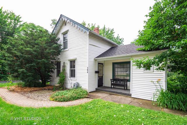 304 Calhoun Street, Woodstock, IL 60098 (MLS #10616889) :: Berkshire Hathaway HomeServices Snyder Real Estate