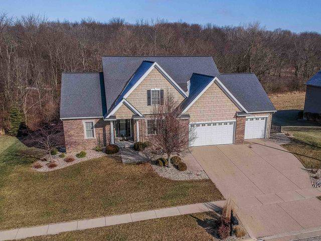 22 Crooked Creek Court, Bloomington, IL 61705 (MLS #10617276) :: Berkshire Hathaway HomeServices Snyder Real Estate