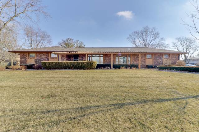 8092 Blooming Grove Road, Bloomington, IL 61705 (MLS #10617297) :: Berkshire Hathaway HomeServices Snyder Real Estate