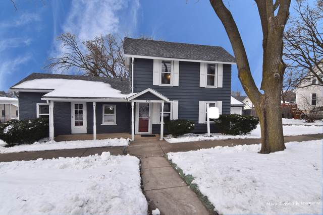 715 S 6th Avenue, St. Charles, IL 60174 (MLS #10617319) :: Suburban Life Realty