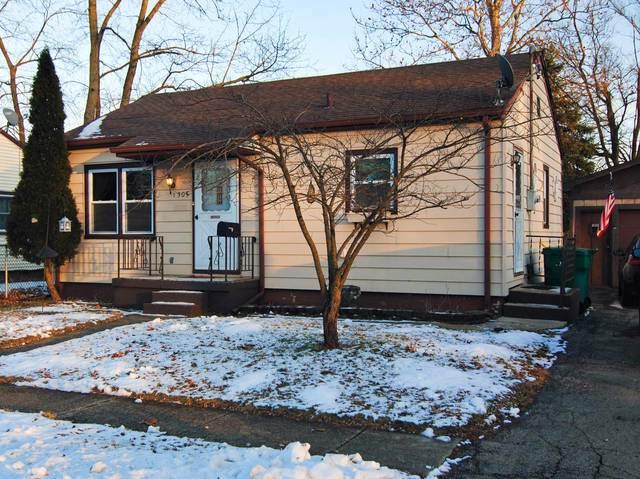 1305 Elwood Street, Wilmington, IL 60481 (MLS #10617693) :: Angela Walker Homes Real Estate Group