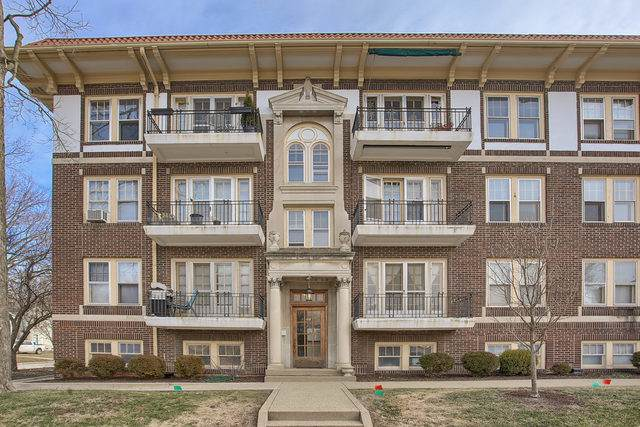 410 N Prairie Street #15, Champaign, IL 61820 (MLS #10617731) :: Baz Realty Network | Keller Williams Elite
