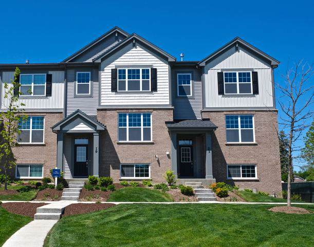 22 E Heritage Court 2-7, Arlington Heights, IL 60004 (MLS #10617807) :: Berkshire Hathaway HomeServices Snyder Real Estate